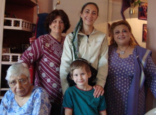 Visiting local Jews in Pune, India